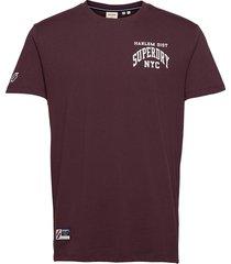 varsity arch mini tee t-shirts short-sleeved röd superdry