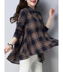 camicetta con scollo scozzese vintage a risvolto per le donne