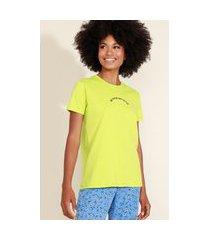 "t-shirt feminina mindset com bordado muse"" manga curta decote redondo verde"""
