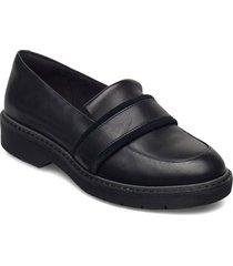 alexa ruby loafers låga skor svart clarks