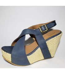 sandalia  de cuero azul avance bs as     30000