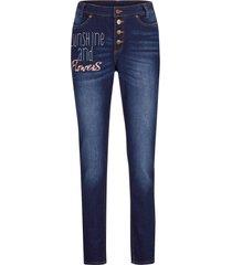 jeans elasticizzati ultra morbidi con scritta slim fit (blu) - bpc bonprix collection