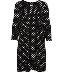 pernilla kort klänning svart jumperfabriken