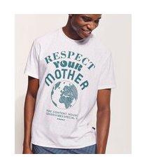 "camiseta masculina pipe tal pai tal filho respect your mother"" manga curta off white"""