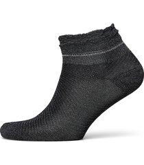 dollie frill sock footies träningssockor/ankle socks svart becksöndergaard