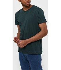 filippa k m. roll neck tee t-shirts & linnen dark green