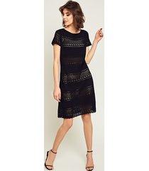 sukienka ażurowa czrna