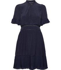 feminine viscose dress with pleating details kort klänning blå scotch & soda
