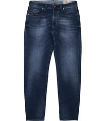 diesel larkee 084ns regular tapered jeans