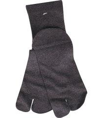 grey cotton tabi socks