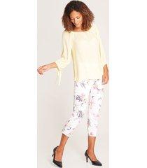 pantalón floral blanco 6