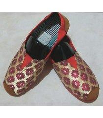 zapatillas boweipeiqi con rombos color fucsia