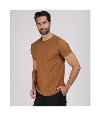camiseta masculina slim flamê manga curta gola careca caramelo
