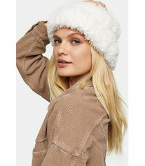 white fluffy beanie - white