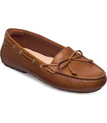 c mocc boat loafers låga skor brun clarks