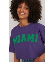 trendyol tryckt t-shirt - purple