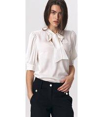 elegancka bluzka z wiązaniem b107 - ecru