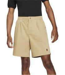 pantalón corto court