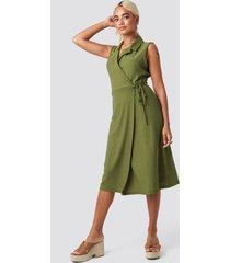 trendyol end midi dress - green