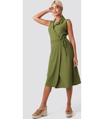 trendyol end midi dress - green