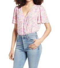 women's all in favor flutter sleeve floral print bodysuit, size x-large - pink
