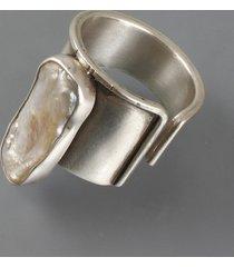 perła długa - pierścionek