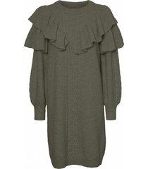 darling long sleeve o-neck frill knit dress