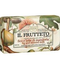 sabonete em barra nesti dante il frutteto figo e leite de amêndoas 250g