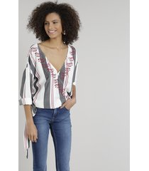 blusa feminina ampla transpassada listrada com bordados manga longa decote v off white