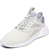 zapatilla freestyle motion lo women crema reebok