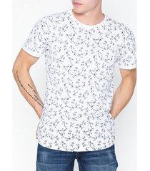 solid dunka ss aop t-shirt t-shirts & linnen white