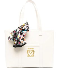love moschino new scarf shopping bag