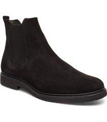 cast crepe chelsea suede shoes chelsea boots svart royal republiq
