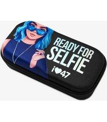 cartuchera negra 47 street ready for selfie