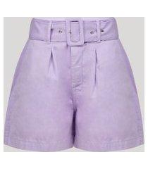 bermuda feminina alfaiatada com bolsos e cinto cintura alta lilás