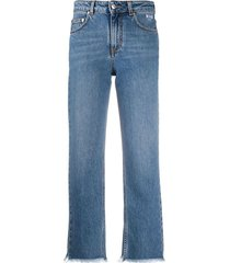 frayed-edge cropped jeans
