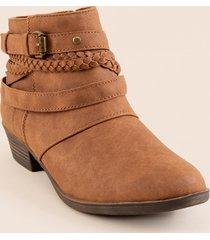 women's sugar braided boot in cognac by francesca's - size: 9.5