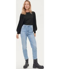jeans comfy mom