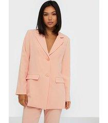 nly trend long shape blazer jackor