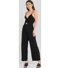 na-kd twist front cami jumpsuit - black