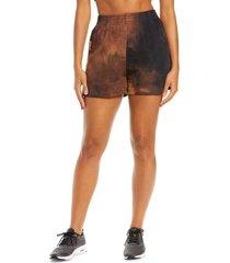by. dyln eadie high waist tie dye shorts, size x-small in choc tie dye at nordstrom