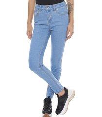 jeans basico push up azul claro  corona