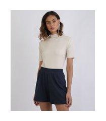 t-shirt feminina mindset manga curta gola alta bege claro
