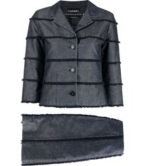 chanel pre-owned frayed trim denim skirt suit - blue