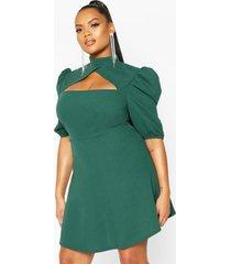 plus choker cut off puff sleeve peplum dress, bottle green