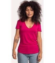 camiseta decote v em modal cora básico feminina - feminino