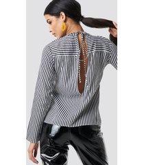 rut&circle layla back knot shirt - multicolor