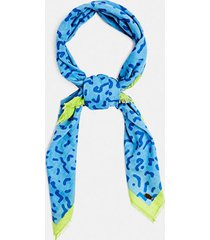 pañuelo estampado azul esprit