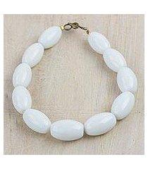 recycled glass beaded bracelet, 'white alewa' (ghana)