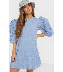 object collectors item objjannine 3/4 short dress 108 loose fit dresses ljus blå